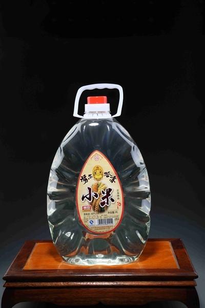 桶装小米酒